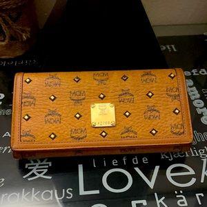 MCM Visetos Cognac large studded Wallet